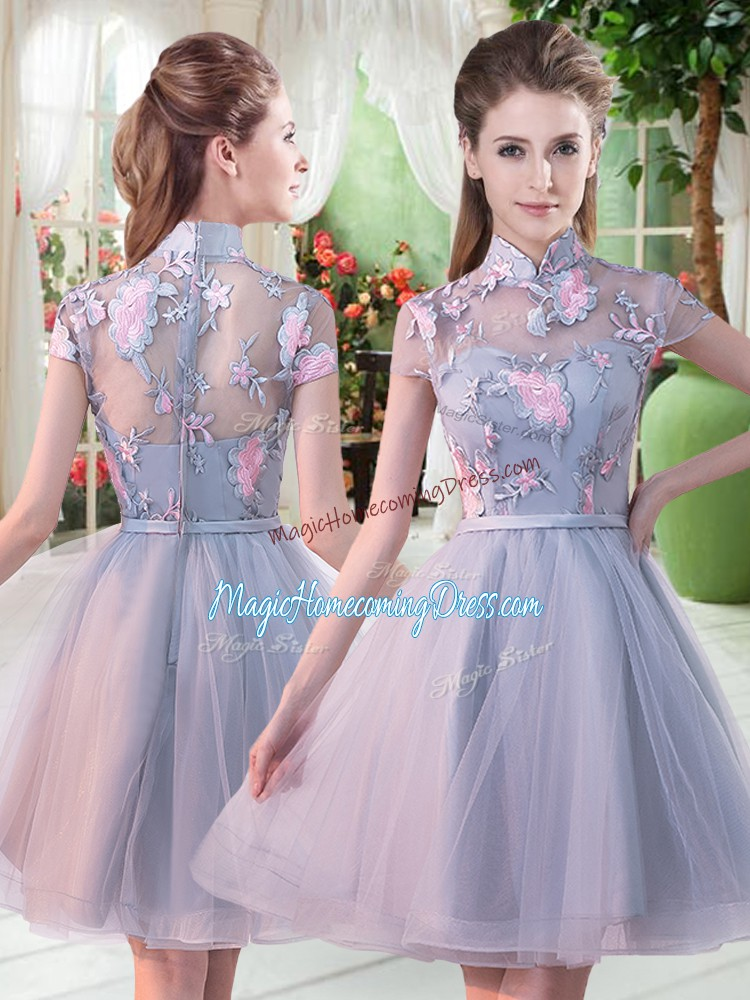 Romantic Short Sleeves Zipper Knee Length Appliques Prom Homecoming Dress