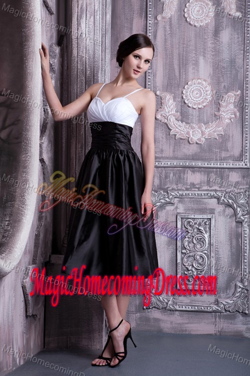 Spaghetti Straps Ruched Homecoming Dresses in White and Black in Vermont