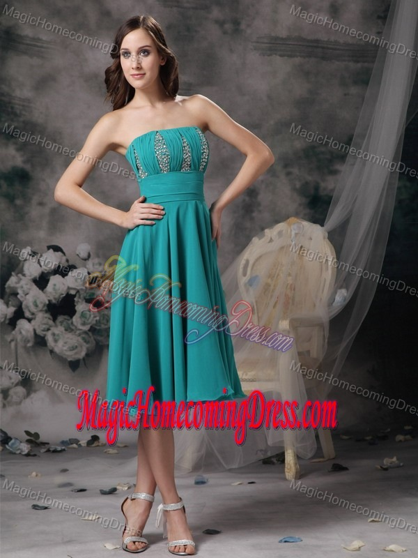 Latest Turquoise Strapless Knee-length Celebrity Homecoming Dress in Oxford