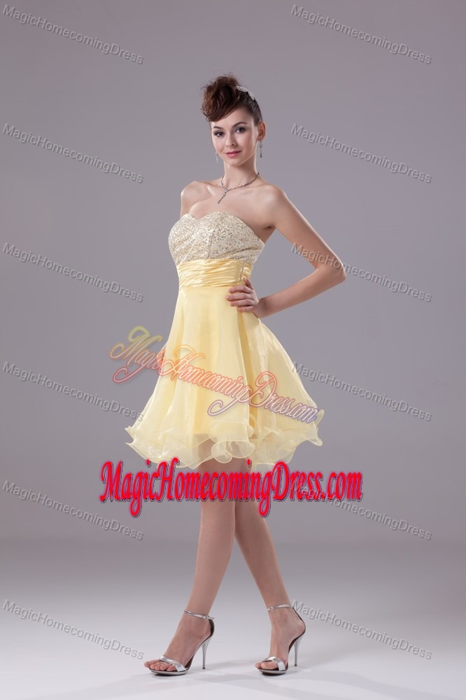 Yellow Sweetheart Ruched Short Organza Homecoming Dresses for Juniors