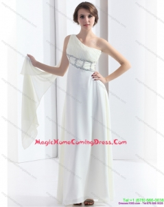 2015 Fashionable One Shoulder White Homecoming Dress with Watteau Train and Beading