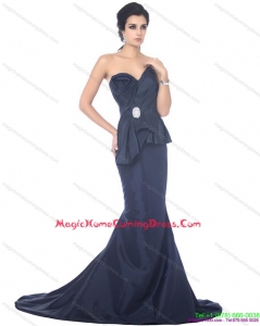 2015 Brush Train Sweetheart Beading Homecoming Dress in Navy Blue
