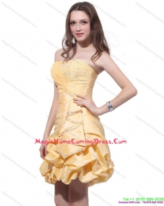 2015 Gold Mini Length Homecoming Dresses with Beading and Pick Ups