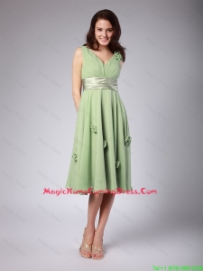 Classical V Neck Empire Hand Made Flowers and Belt Homecoming Dresses
