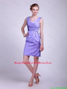 2016 Modern V Neck Short Lavender Lovely Homecoming Dresses with Ruching