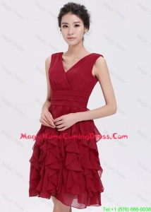 Beautiful V Neck Ruffles Short Vintage Homecoming Dresses in Burgundy