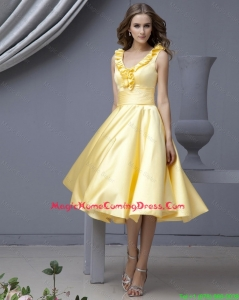 Cheap Perfect V Neck Yellow Short Homecoming Dresses with Ruffles for 2015 Autumn