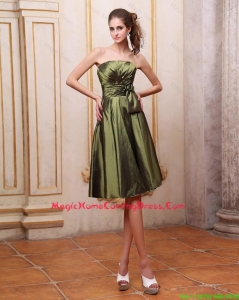 Popular Strapless Short Homecoming Dresses with Hand Made Flowers