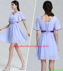 Cheap Popular V Neck Short Sleeves Short Homecoming Dresses with Hand Made Flowers