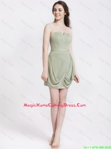 Classical Short Strapless Homecoming Dresses with Ruching