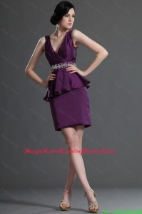 Pretty Most Popular V Neck Short Eggplant Purple Homecoming Dresses with Beading