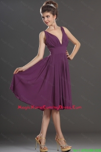Perfect V Neck Short Homecoming Dresses in Eggplant Purple