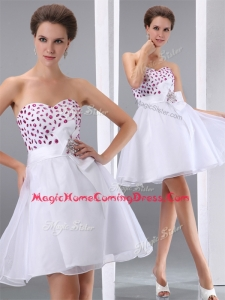 Popular Sweetheart White Short Homecoming Dresses with Beading