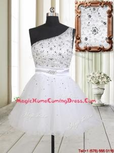 Fashionable One Shoulder Beaded Bodice Zipper Up White Homecoming Dress in Tulle