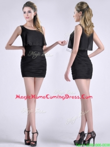Exquisite Column Scoop Black Homecoming Dress with Appliques and Ruching