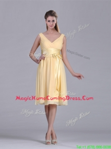 New Arrivals V Neck Bowknot Chiffon Short Homecoming Dress in Yellow