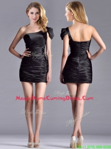 Sexy Column Ruched One Shoulder Black Homecoming Dress in Taffeta