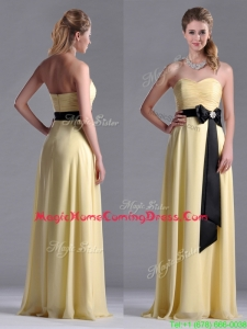 Beautiful Sweetheart Yellow Homecoming Dress with Ruching and Black Bowknot