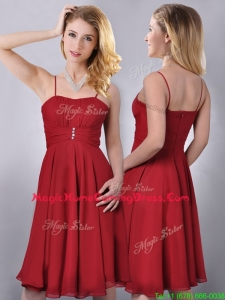 Cheap Spaghetti Straps Knee Length Chiffon Homecoming Dress in Red