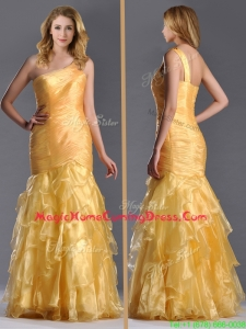 Elegant Mermaid One Shoulder Organza Ruffled Homecoming Dress in Gold