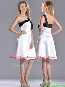 Exquisite One Shoulder Satin Short Homecoming Dress in White and Black