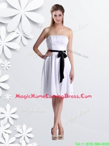 Elegant Empire Strapless Ruched and Be-ribboned White Homecoming Dress in Chiffon