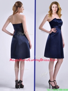 Luxurious Strapless Zipper Up Ruched Homecoming Dress in Navy Blue