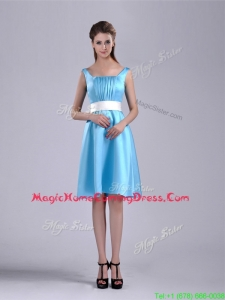 Simple Belted and Ruched Aqua Blue Homecoming Dress in Knee Length