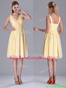 Empire Light Yellow V Neck Knee Length Short Homecoming Dress with Ruching