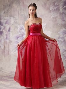 Wine Red Sweetheart Ruched Homecoming Dress for Prom with Beading and Belt