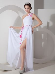 White One-Shoulder Floor-Length Homecoming Dress with Colorful Belt and High Slit