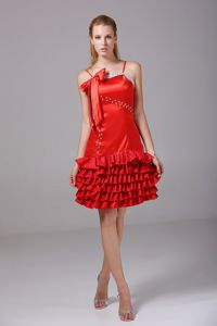 Red Short-Length Spaghetti Straps Beaded Ruffled Homecoming Cocktail Dress with Bow