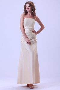 Trendy Strapless Champagne Ruched Celebrity Homecoming Dress for Sale