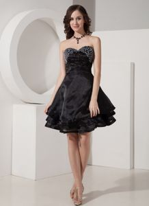 Organza Puffy Black Short Celebrity Homecoming Dress with Beading