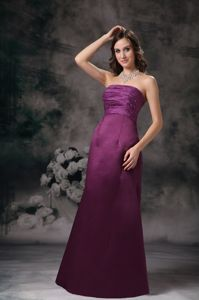Purple Column Elegant Strapless Taffeta Beaded Homecoming Dress in Floor-length in Ocala