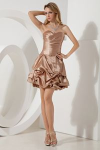 Brown Sweetheart Ruched Mini-length Inexpensive Homecoming Dresses in Taffeta in Taos