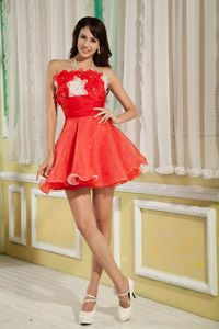 Halter Red A-line Mini-length Homecoming Cocktail Dresses with Handmade Flowers