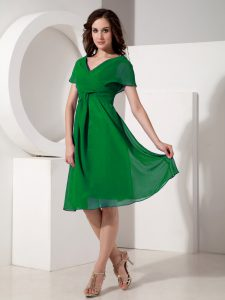 Modern Green V-neck Zipper Ruching Homecoming Dress Online Short Sleeves