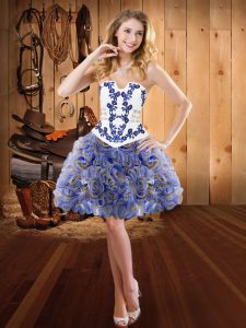 Enchanting Sleeveless Embroidery Lace Up Homecoming Dresses