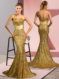 Sequined Sweetheart Sleeveless Sweep Train Zipper Beading Homecoming Party Dress in Gold