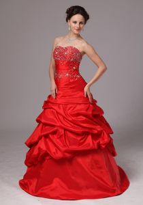 Princess Red Beading Decorated Bodice Evening Homecoming Dress with Pick-ups