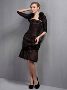 Handmade Flowery Brown Column Strapless Knee-length Satin Homecoming Dresses