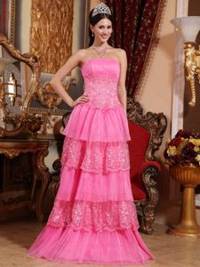 Elegant Pink Strapless Lace-up Homecoming Dresses on Sale with Appliques