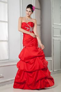 Red Mermaid Sweetheart Beaded Vintage Homecoming Dresses with Pick Ups