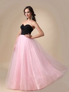 Sweetheart Floor-length Black and Pink Homecoming Queen Dresses in Texas