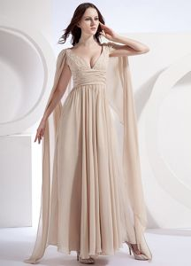V-neck Champagne Watteau Chiffon Ruched Homecoming Dresses For Juniors