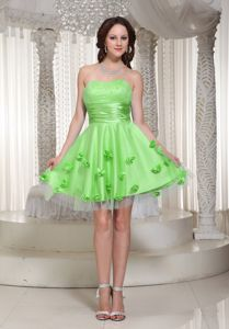 Spring Green Ruched Sweetheart Beaded Homecoming Dresses With Flowers