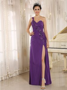 Purple Shoulder with Sequins Decorated High Slit Homecoming Dresses in Arcata