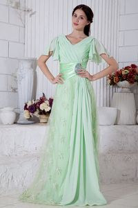 V-neck Beaded Style Short Homecoming Dresses in Apple Green in Camp Verde