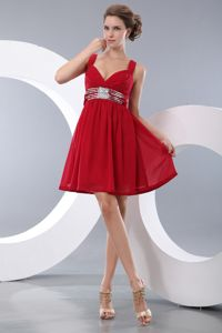 Red Empire Straps Chiffon Homecoming Dresses with Sequins in Bakersfield